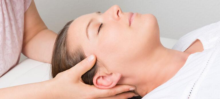 Effektiv, energetisk lymfdränage för en frisk kropp en och klar hjärna