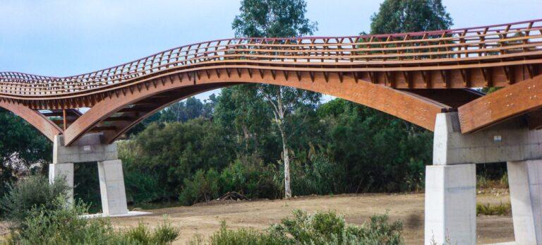 Den vackra träbron över Guadalhorces delta är nu öppen