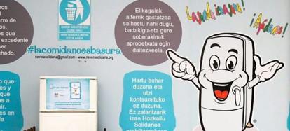 Nevera Solidaria: Solidariskt kylskåp – Miljövänligt och tillgängligt för alla