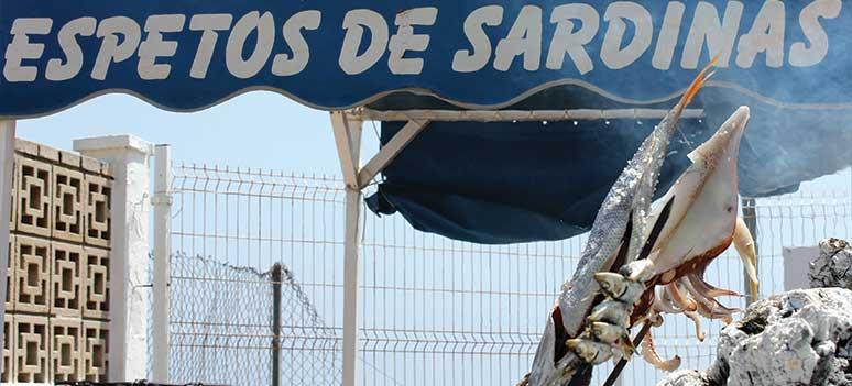 Månadens rekommendation: färskfångad fisk i hamnen i Caleta de Vélez