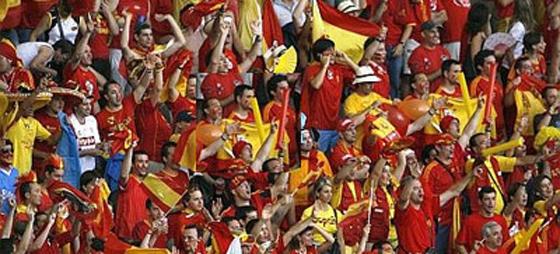 Spanien till VM i Sydafrika - Sverige hänger med