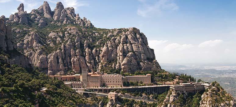 bjerge-Montserrat