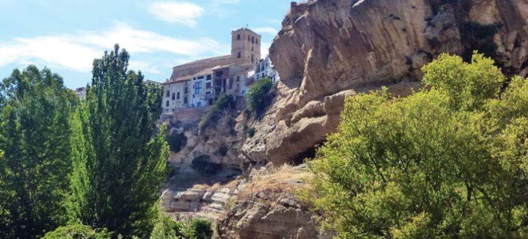 Alhama de Granada och ravinen framför alla raviner