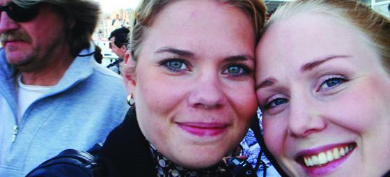 Sara city chic med väninna i Stockholm