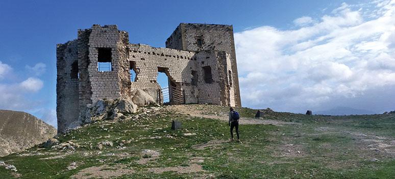 Teba och den vilda ravinen Tajo del Molino