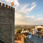 Bautasten och megalitcirklar vid Evora samt Portugals mest autentiska by Monsaraz