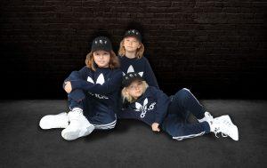 Möt Homiez! – Tre coola bröder som nyligen släppt debutlåten Roblox Time