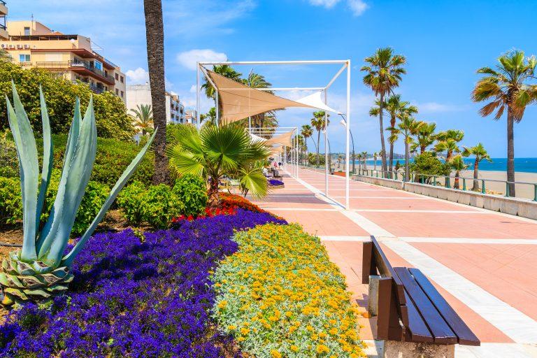Esteponas strandpromenad nu färdig till 90 %