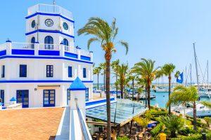 Estepona – en vacker stad med en härlig kuststig