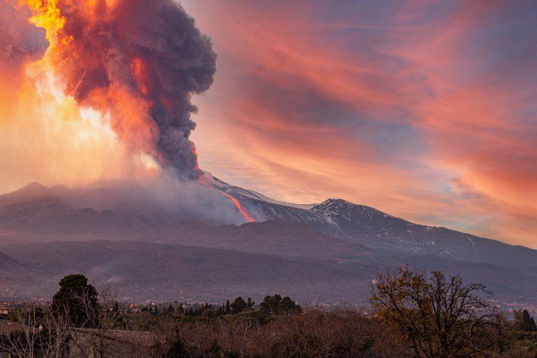 Giftmolnet från vulkanen på La Palma når fastlandet